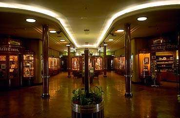 Queen Mary Shopping Center, Promenade Deck